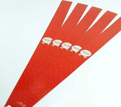 สายคาดกล่องลายจุดสีแดง 2.2x31.3 cm. 50 ชิ้น : A004645