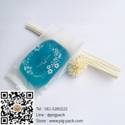 ถุงซองพลาสติกขุ่นขยายข้างพื้นหลังสีขาวลายดอกไม้ Handmade 6.5x11+2.5 cm. 100 ชิ้น : X004790