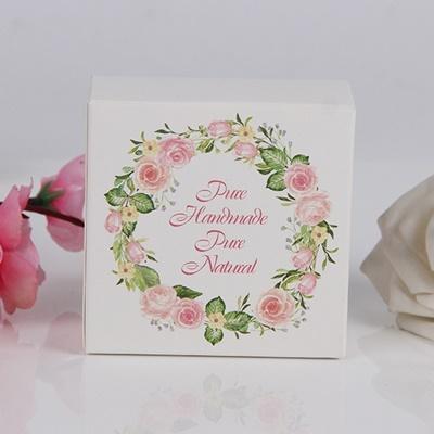 กล่องกระดาษแบบปิดหัวท้ายสีขาวลายวงกลมดอกไม้ Handmade 8x8x3.5 cm. 50 ชิ้น : 004981
