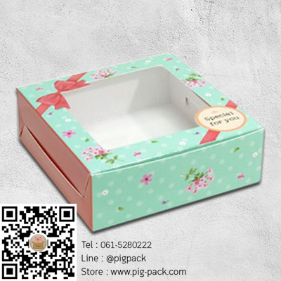 กล่องกระดาษสีเขียวลายจุดดอกไม้โชว์สินค้า 8.2x8.2x3 cm. 60 ชิ้น : 004529